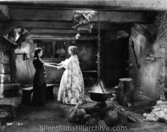 Patricia Avery and Lillian Gish in ANNIE LAURLE (1927)