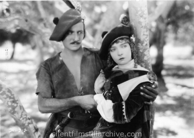 Norman Kerry and Lillian Gish in ANNIE LAURIE (1927)