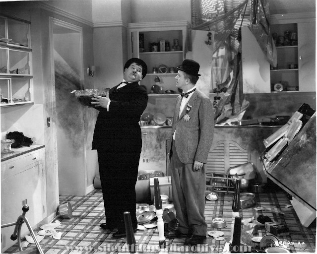 Stan Laurel and Oliver Hardy in BLOCK-HEADS (1938)