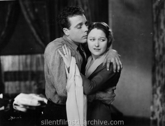 James Murray and Eleanor Boardman in THE CROWD (1928)