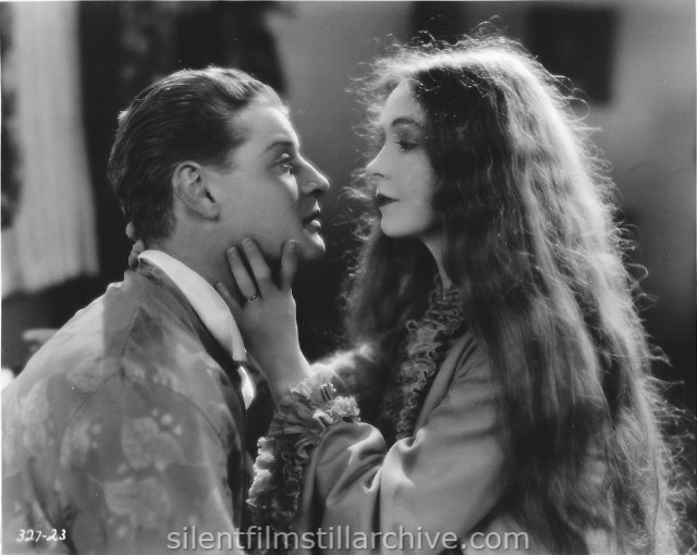 Ralph Forbes and Lillian Gish in THE ENEMY (1927)