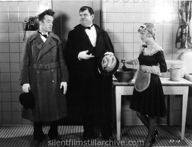 Laurel & Hardy in FROM SOUP TO NUTS (1928)