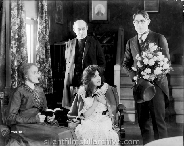 Kate Bruce, William J. Butler, Irene Fenwick and Owen Moore in A GIRL LIKE THAT (1917)