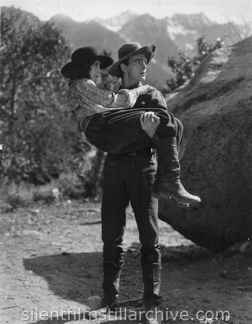 Betty Bronson and Neil Hamilton in THE GOLDEN PRINCESS (1925)