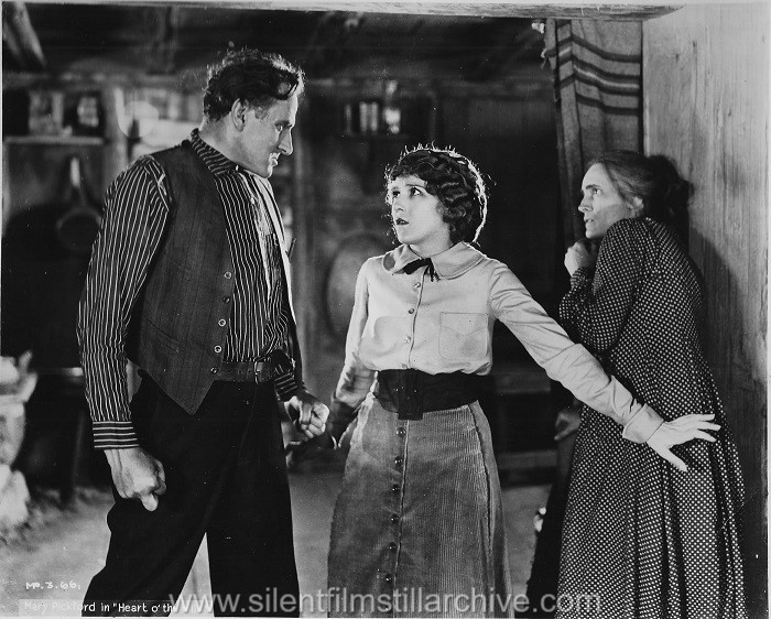 Sam De Grasse, Mary Pickford and Claire McDowell in HEART O' THE HILLS (1919)