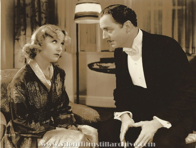 Carole Lombard and William Powell in MY MAN GODFREY (1936).