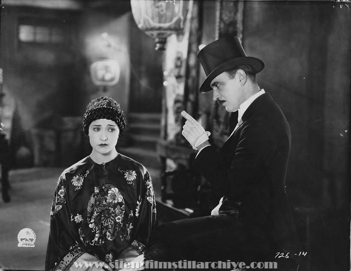 Betty Compson and Raymond Griffith in PATHS TO PARADISE (1925)