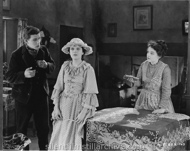 SENTIMENTAL TOMMY (1921) with Unknown, May McAvoy and Leila Frost