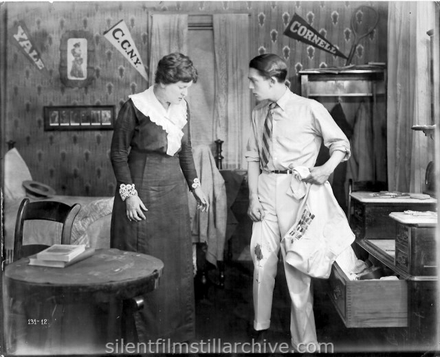 Helen Lindroth and Jack Pickford in SEVENTEEN (1916)