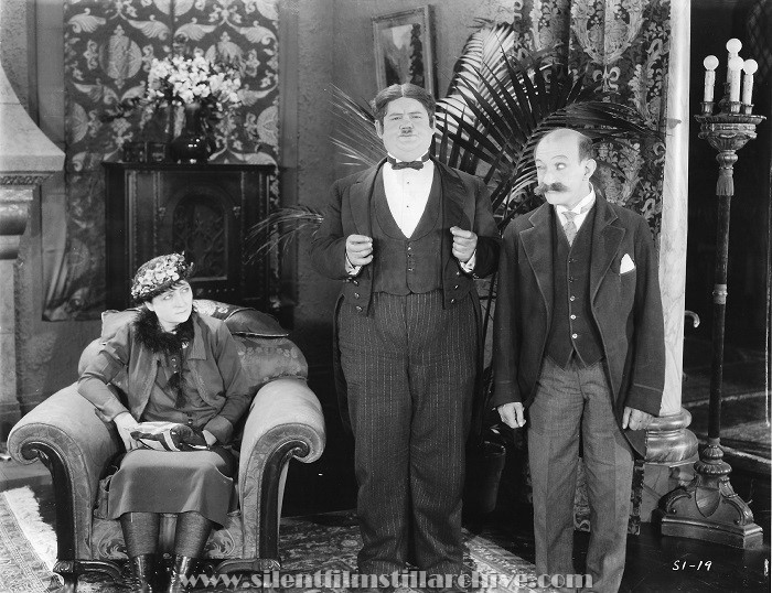 Charlotte Mineau, Oliver Hardy and James Finlayson in SUGAR DADDIES (1927)