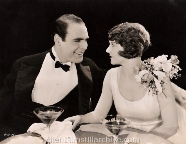 Ralph Graves and Viola Dana in THAT CERTAIN THING (1928)
