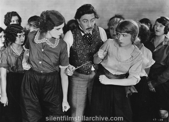Gladys Brockwell, Warner Oland and Colleen Moore in TWINKLETOES (1926)