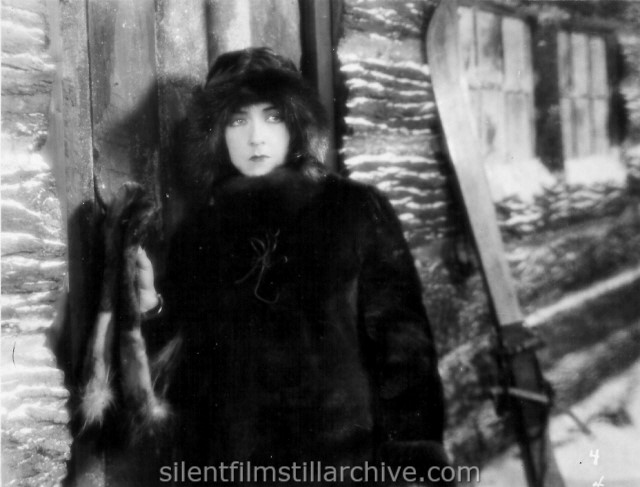 Aileen Pringle in WILDERNESS WOMAN (1926)